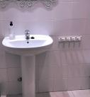 baños sencillos y limpios